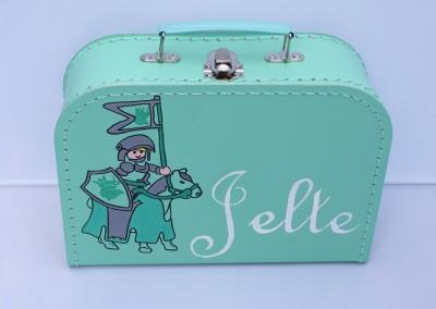Koffertje met naam Jelte
