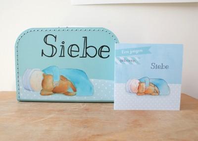 Koffertje naar geboortekaartje Siebe