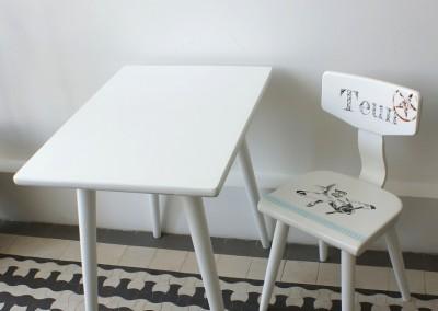 Setje stoeltje Teun en tafeltje