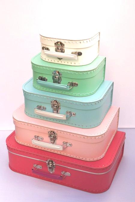 Koffertje-met-naam-verschillende-kleuren