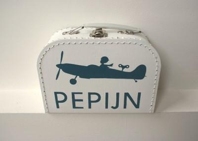 Geboortekoffertje Pepijn vliegtuigje